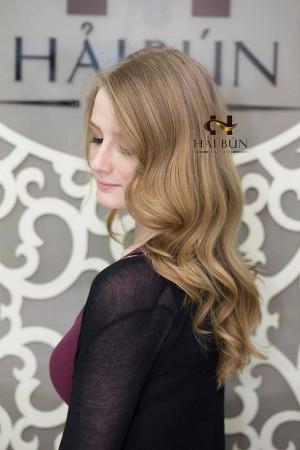 Tóc vàng xoăn