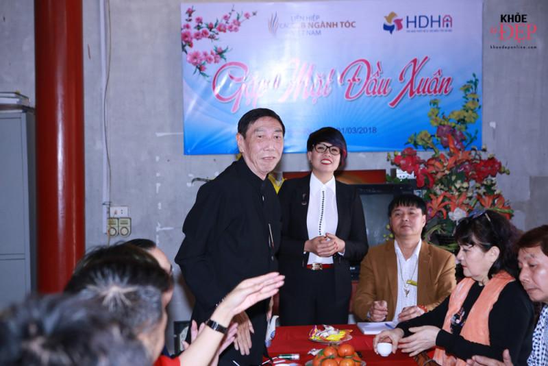 Họp mặt đầu xuân Liên hiệp các CLB ngành tóc Việt Nam và Hội nhà thiết kế, tạo mẫu tóc Hà Nội 19