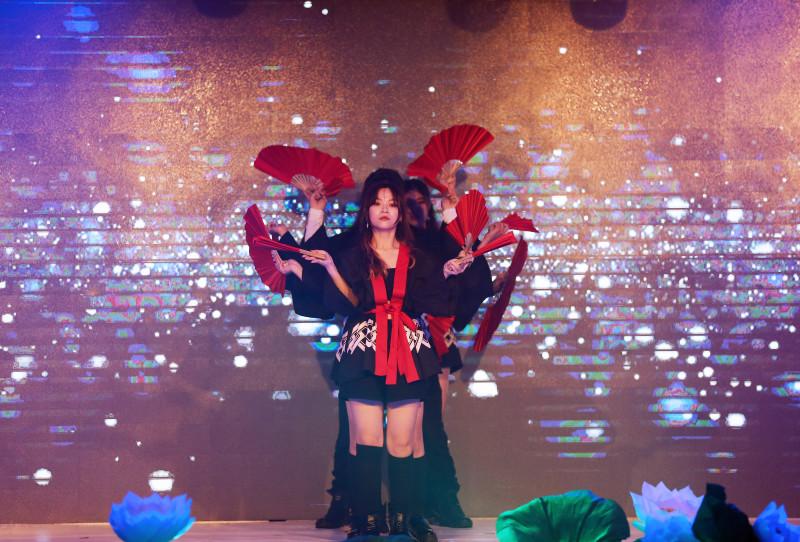 """Kléral Show """"Mật mã Phương Đông""""  -  dấu ấn thành công của Galaxy Festival 2019 19"""
