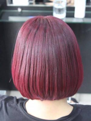 Tóc ngắn ánh hồng đỏ