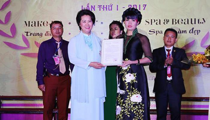 Ra mắt Hội Đào tao-Phát triển nghề làm đẹp miền Bắc