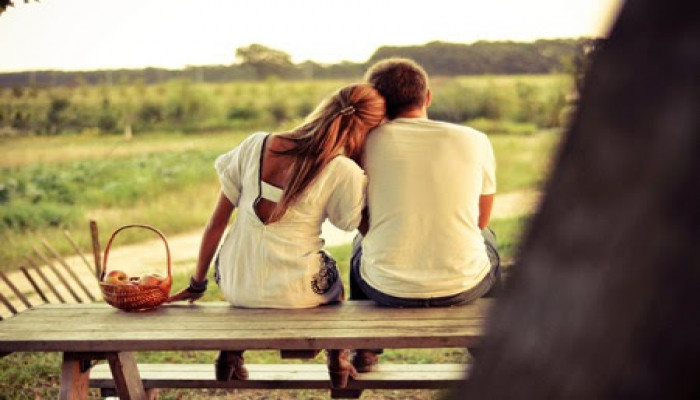 9 dấu hiệu chàng rất thích bạn nhưng không dám nói ra