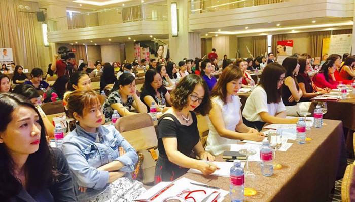 Liên Hiệp Spa Thẩm Mỹ Việt Nam tổ chức khóa chia sẻ kỹ năng chăm sóc da và quản lý spa