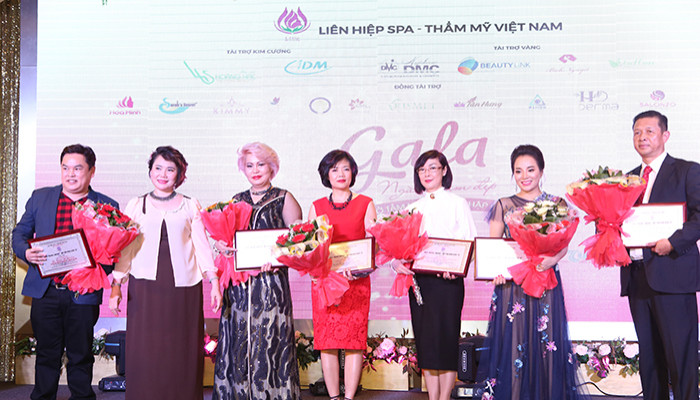 Sinh nhật Liên Hiệp Spa Thẩm mỹ Việt Nam lần 2- Ngày hội kết nối của công đồng ngành làm đẹp năm 2017