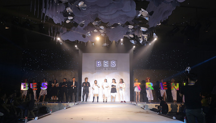 Hydrosphere - hair show mở màn 2018 của thương hiệu BES Milano (Italy)