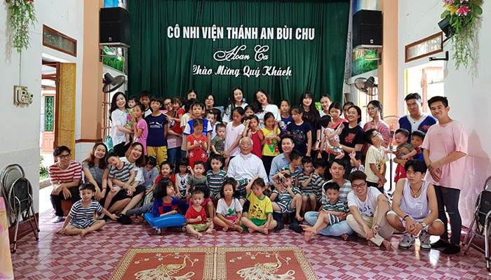 Cô nhi viện Thánh An - Mang yêu thương đến thánh đường của những đứa trẻ mồ côi