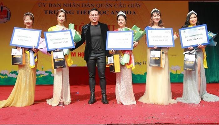 """Bcosi và đại sứ thương hiệu Quang Trường đồng hành cùng cuộc thi """" Cô giáo tài năng"""" - Trường TH An Hòa,  Cầu Giấy"""