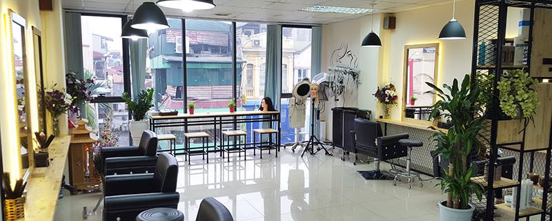 HOÀNG HILLY Beauty Salon